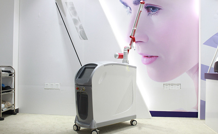 High Power Pigmented Tattoo Laser Removal Machine For Chloasma , Coffee Spots